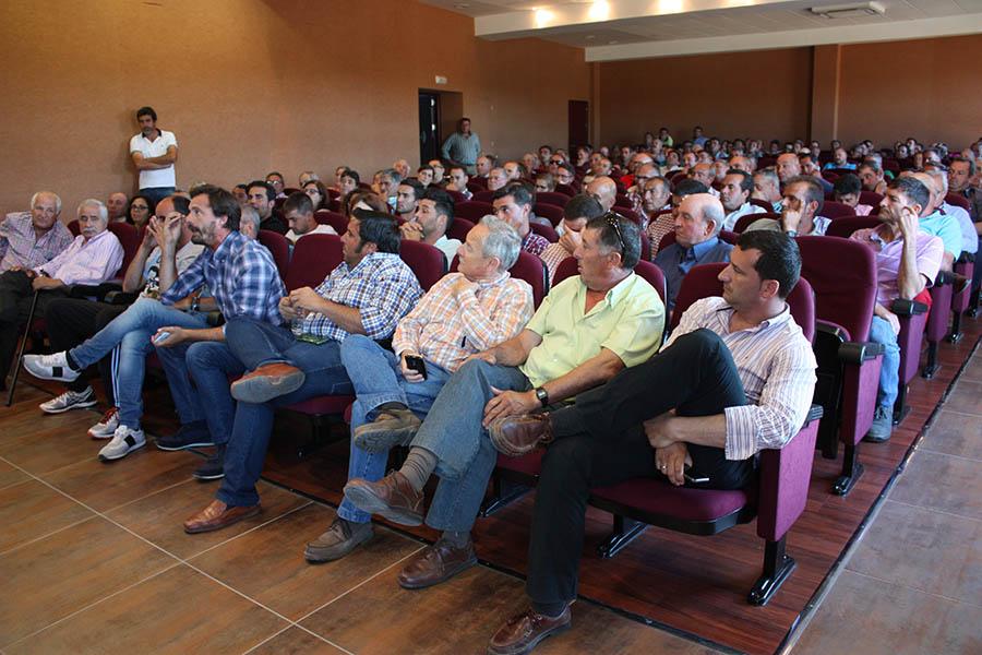La Comunidad de Regantes El Fresno y la Plataforma reciben mañana las concesiones de agua